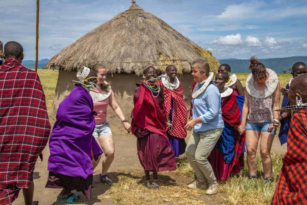 Dansen met de Masai in Tanzania