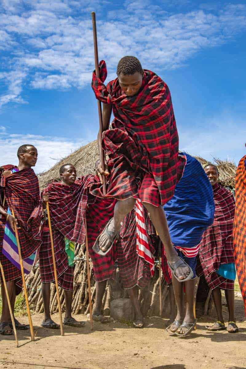 Dans van de Masai krijgers Mto wa Mbu Tanzania