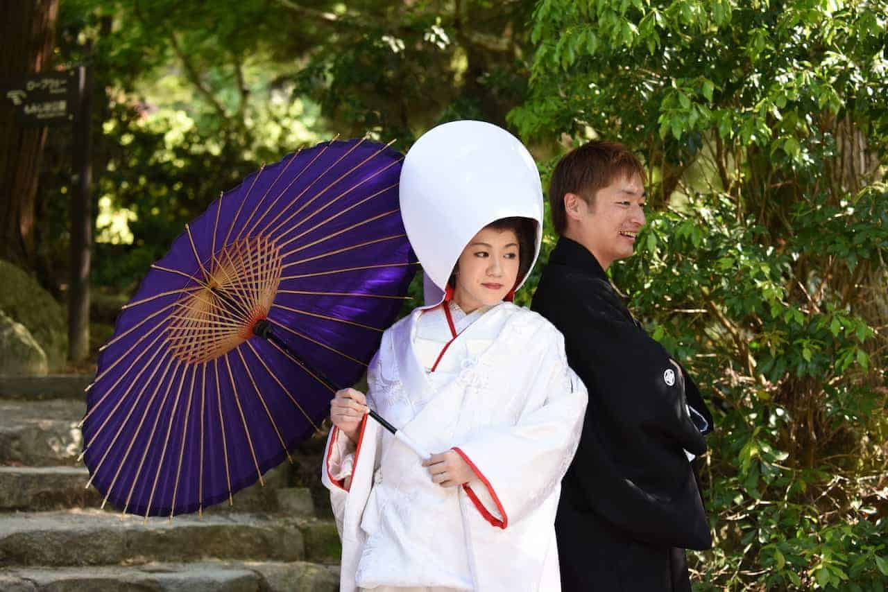 Fotoreis Japan dame met paraplu