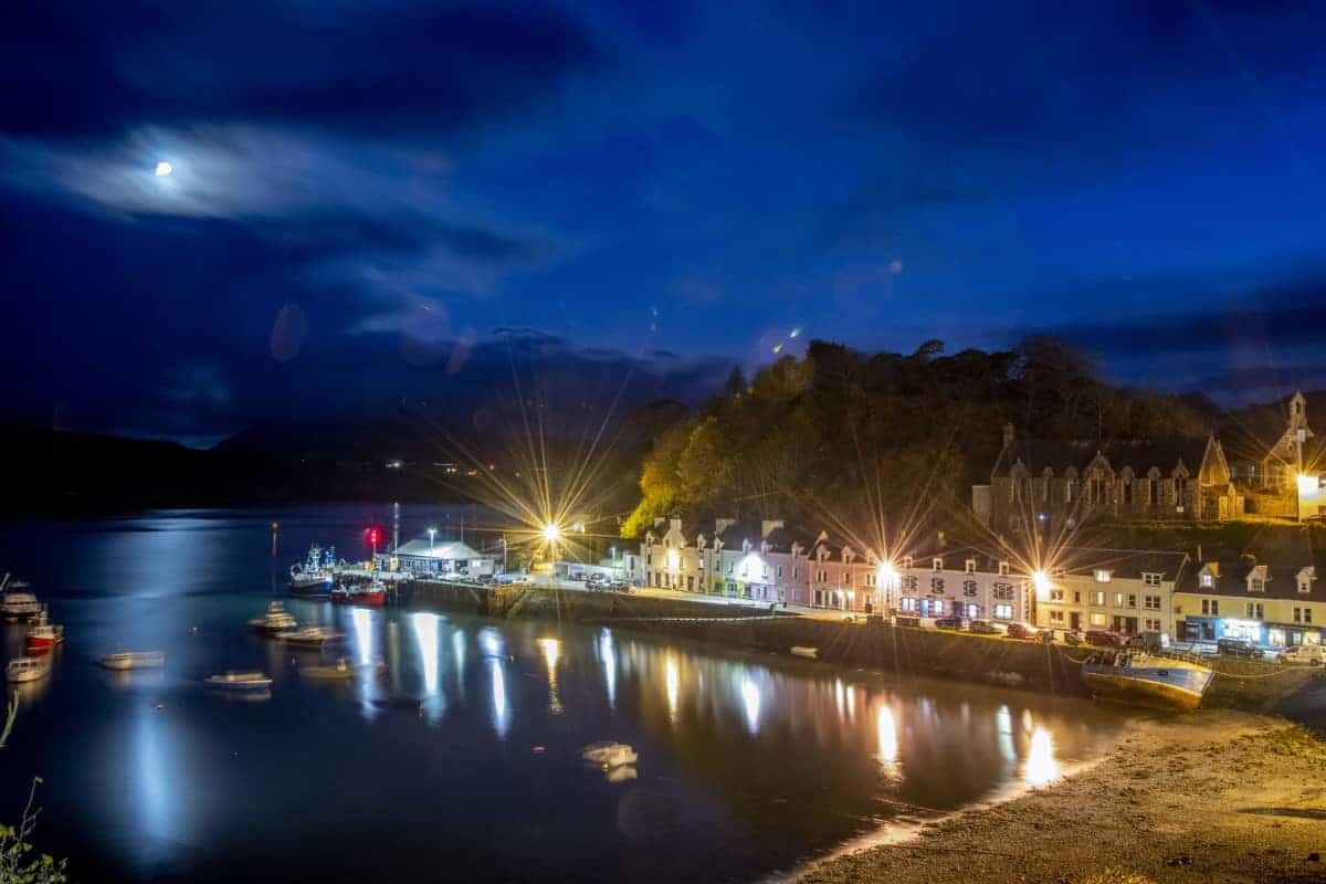 Fotoreis Schotland - Portree bij avond
