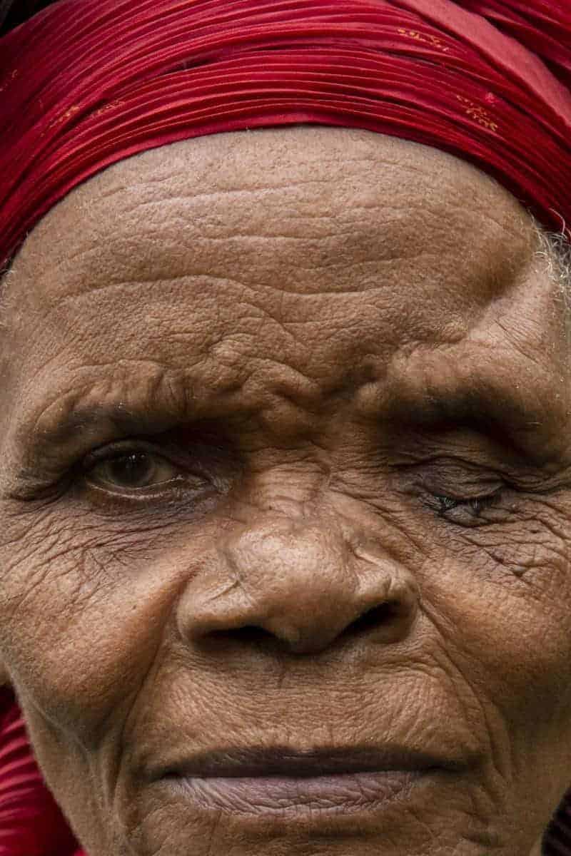 Fotoreis Tanzania - Oude vrouw close-up
