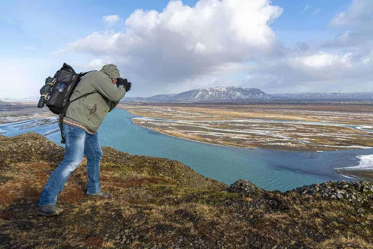 Fotoreizen IJsland Christiaan op uitzichtpunt