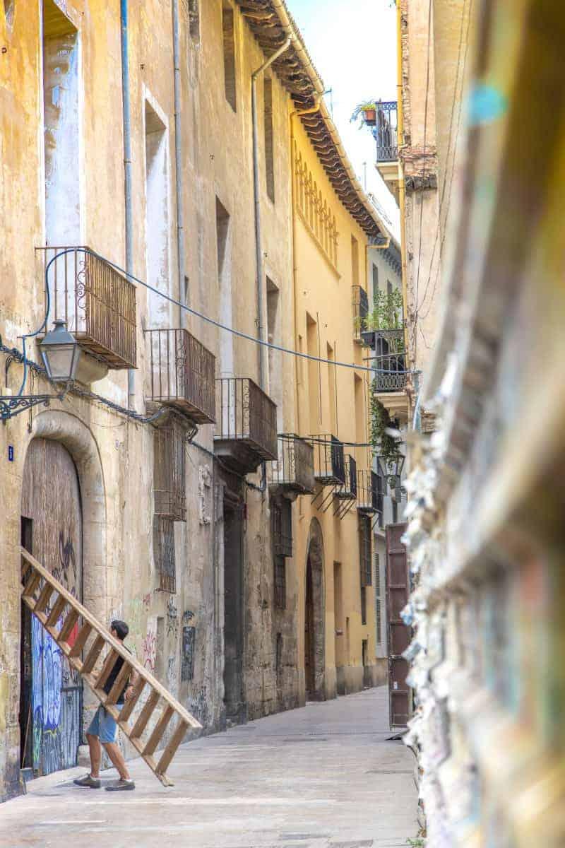 Fotoreizen Valencia - Steegje met halve trap