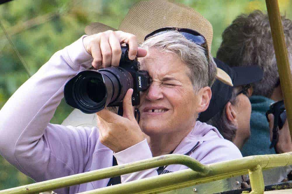 Janny tijdens de fotoreizen Kenia Tanzania