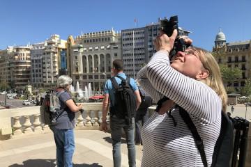 Susan Mulder tijdens stedentrip Valencia